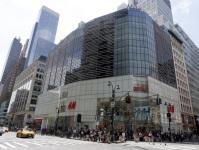 Ouverture a New York du plus grand magasin H&M au monde